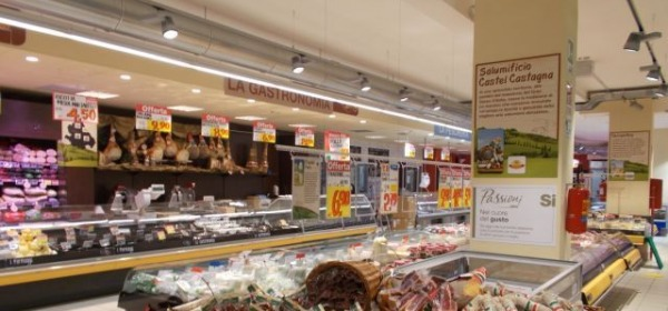 Supermercato IperSimply, via Tiburtina Valeria 91 (PE)